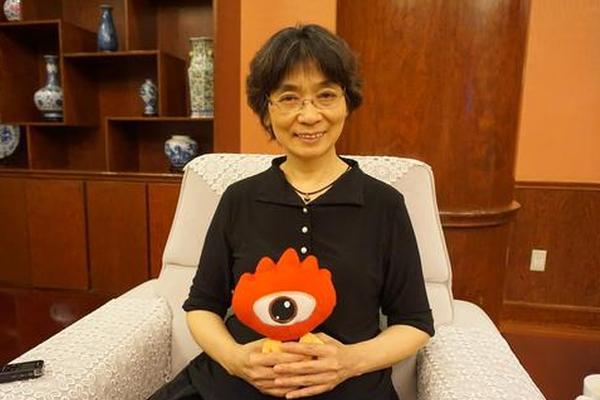 新浪育儿专访首都儿研所皮肤科主任、主任医师刘晓雁