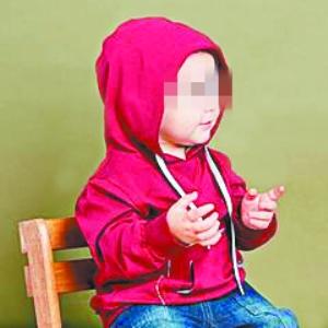 儿童服装安全是家长比较关注的问题,今后注意买不带绳带的衣服。 广州日报记者王维宣 摄