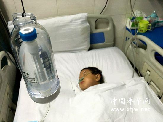 受伤女童目前病情趋于稳定
