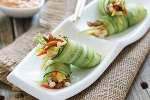 清爽可口的夏之美味--黄瓜时蔬卷(图)