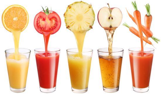 喝果汁与吃果泥大不同 BB何时可以喝果汁?