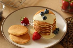一款很亲切的小点心奶油松饼pancake(图)