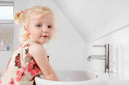 正确教宝宝洗手是最简单的疫苗