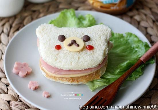 小熊花生酱三明治