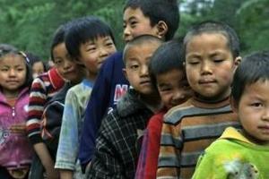 浙江立法保护留守儿童:父母每月至少要联系1次