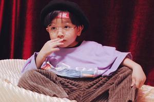 这个杭州4岁小萌娃太好看啦!复古时髦的造型+画风独特的摄影