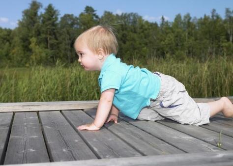你知道吗?宝宝先爬后走更聪明|宝宝|爬行|聪明