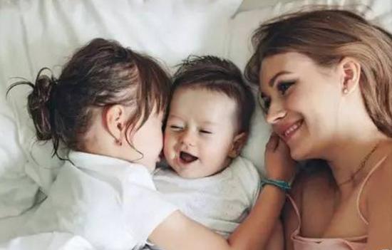 二胎妈妈平衡不好多方关系 频出现心理问题