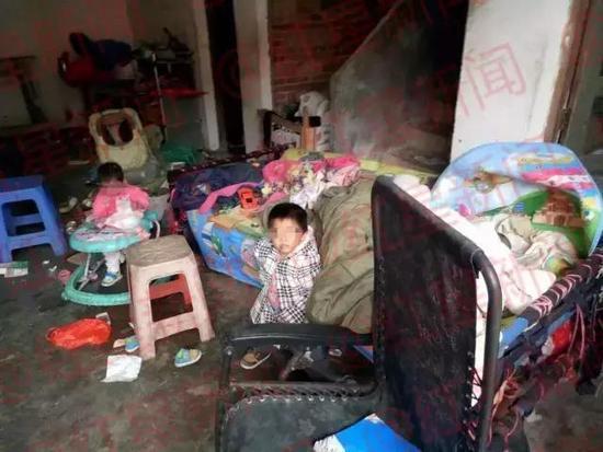 蔡阿婆家中堆满垃圾