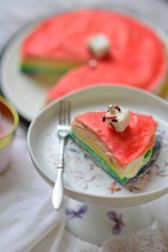 彩红千层蛋糕