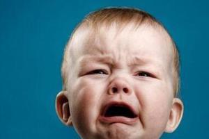 小儿疝气是小病? 不及时手术或致肠坏死