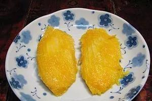吃完的芒果别扔,一个妈妈做了这件事,奇迹发生了