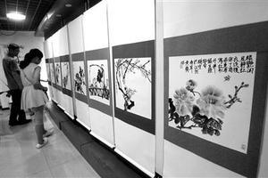 """重庆11岁女孩办国画展 """"绘画是我的游戏厅"""""""