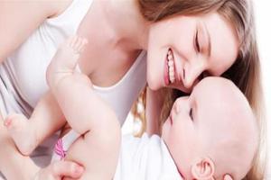 宝宝出现发热的原因及怎样治疗?