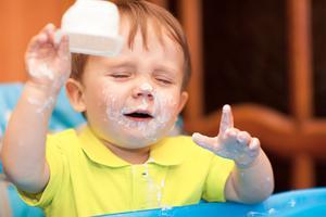 预防宝宝腹泻 喝点酸奶