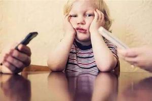 5岁小女孩就懂看家长眼色行事 这是好事还是坏事?
