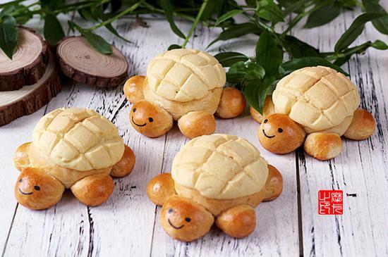 小乌龟菠萝包