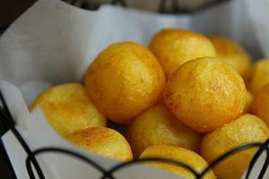 比炸薯条还好吃的土豆--金黄酥脆土豆丸(图)