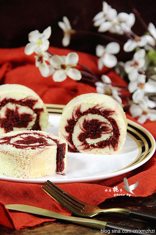 红丝绒旋风蛋糕卷
