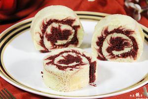 朋友圈风靡一时的红丝绒旋风蛋糕卷(图)