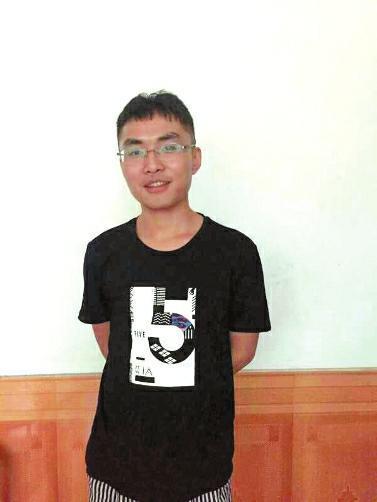 九寨沟地震时22岁汉中小伙救4名男童