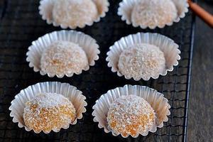 不用煎不用炸的椰香南瓜糯米团(图)