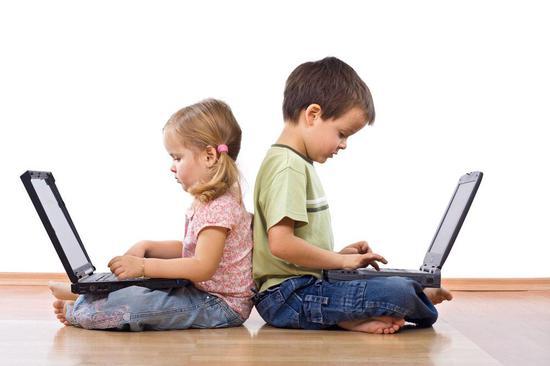 现在有网瘾的孩子越来越多,那怎样才是孩子网瘾的征兆呢?