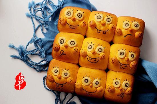 海绵宝宝挤挤面包