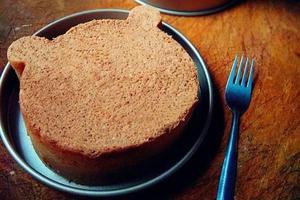 造型萌萌噠的小熊分蛋海綿蛋糕(圖)