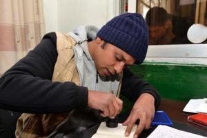 加国移民部:持旅游签赴加产子等同造假禁入境5年