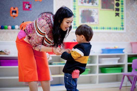 钟丽缇现身《爱上幼儿园》第一季
