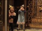 乘坐电梯注意宝宝安全