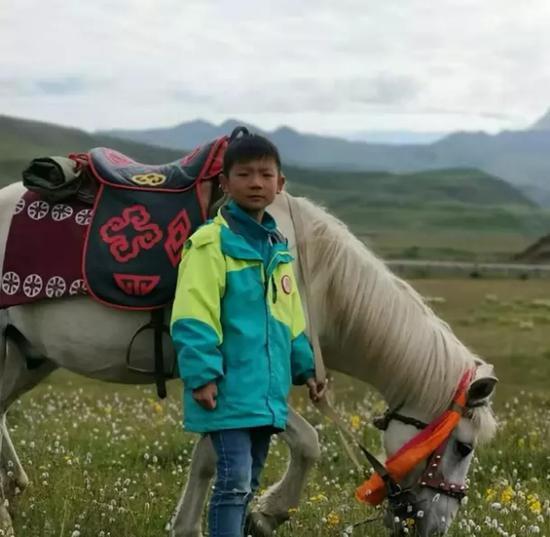 失联男童温景尧的近照。受访者供图