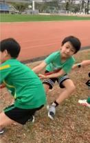 张柏芝儿子运动会