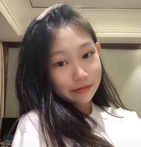 小沈阳12岁女儿晒自拍视频