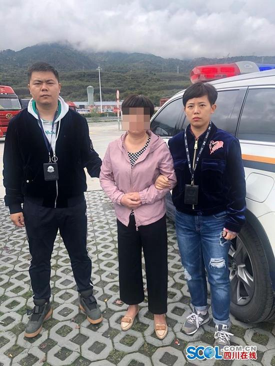 射洪警方在西昌市抓获相关涉案人员。