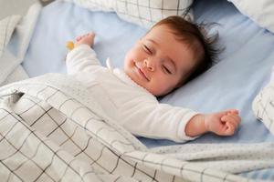 如何给宝宝养成良好的睡眠习惯?