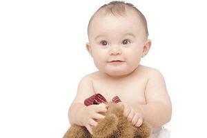 宝宝出现大便绿色时,需要怎样治疗?