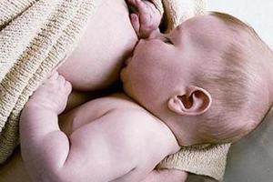 专家:乳母饮食需注意荤素搭配 注重补充微量营养素