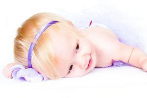 宝宝出现眼皮肿是怎么回事?