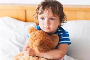 """宝宝五岁了还尿床?""""儿童遗尿症""""及时求医可治愈"""