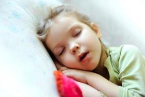 孩子长期口呼吸?可能影响颜值和脑部发育