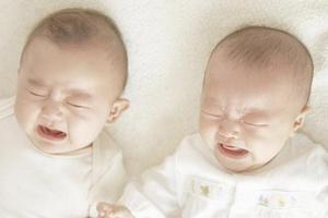 宝宝平时总是哭闹,需要怎样预防?