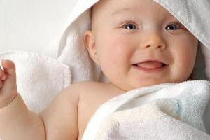 平时应该怎样预防宝宝出现发热?