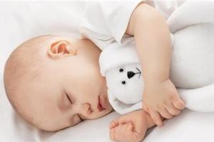 宝宝睡眠与发育有关 这些规律要掌握