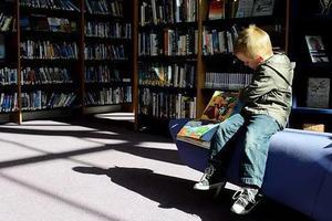 """3个月大的宝宝就能""""看书""""?原来绘本还可以这样读!"""