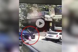 女司机驾驶保时捷避让小孩 致另一小孩被碾压身亡