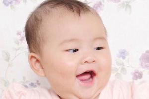 宝宝出现流眼泪的原因有哪些?