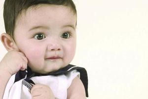 宝宝湿疹痒时,需要怎样治疗?