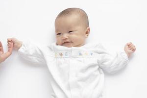 宝宝出现过敏性寻麻疹时,需要怎样治疗?
